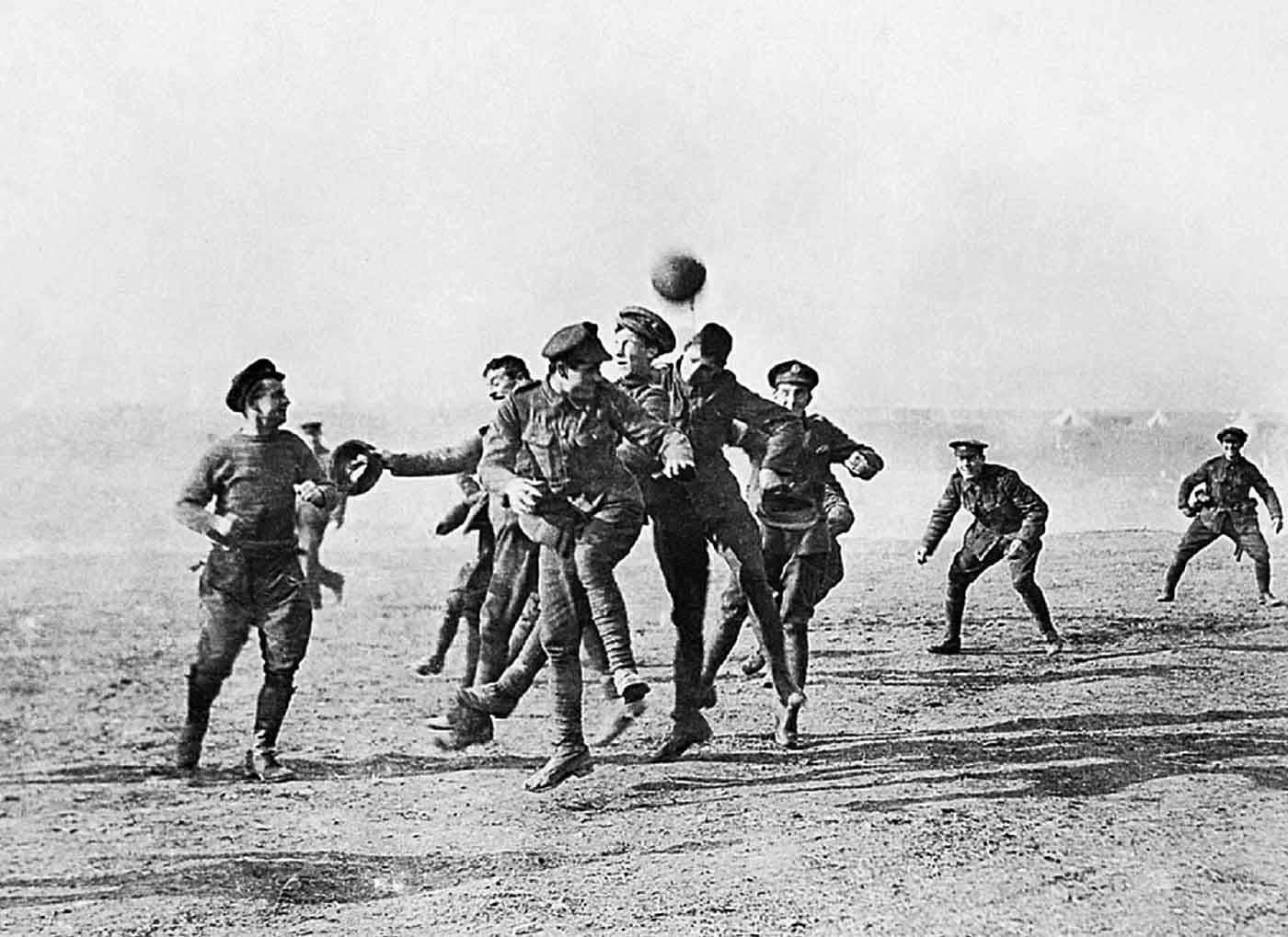 Partido de fútbol durante la tregua de Navidad de 1914