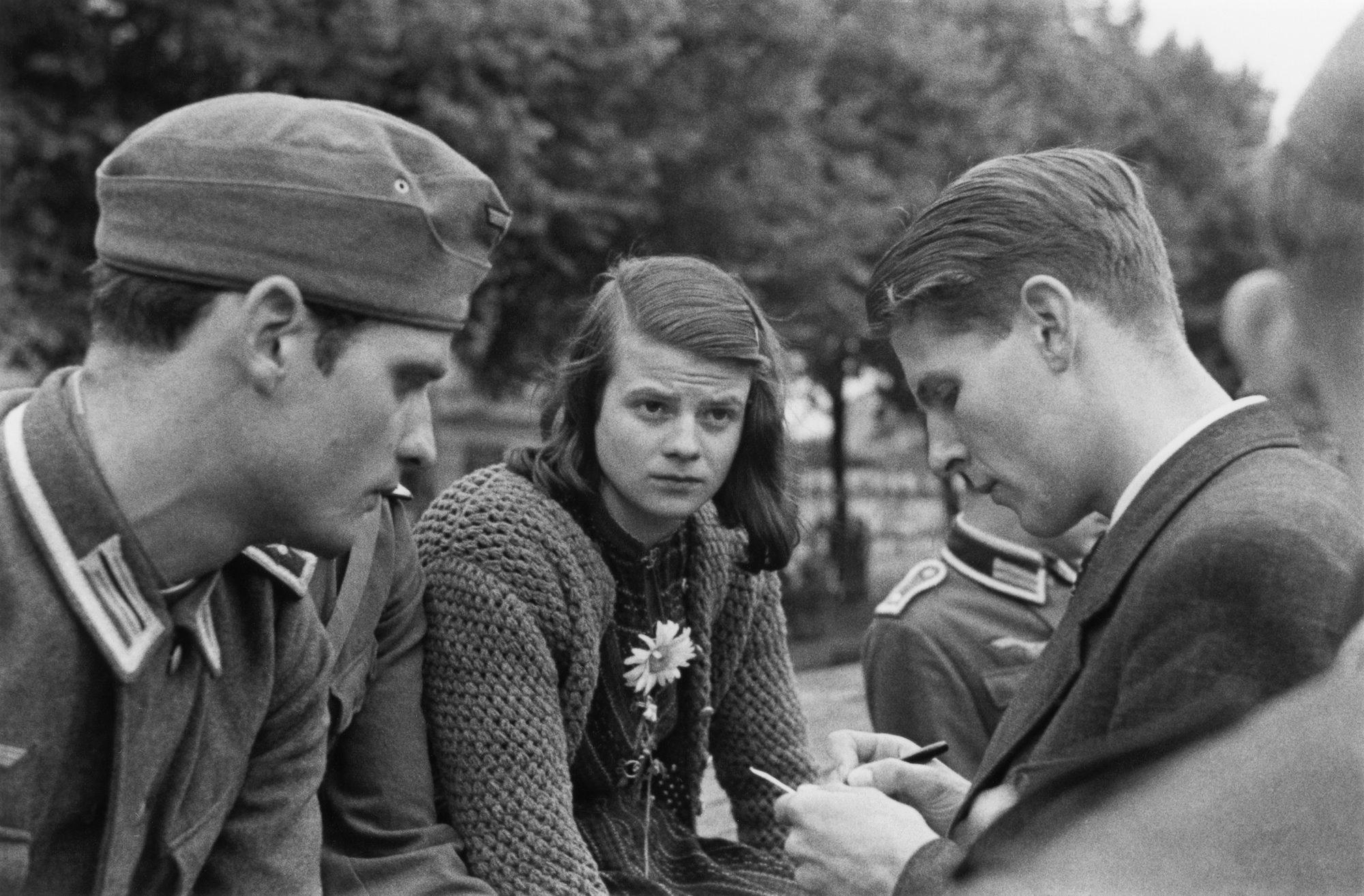 Hans Scholl, Sophie Scholl y Christoph Probst en 1942.